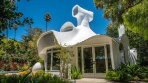Bizarrely shaped California sculpture house selling for $1.4 million